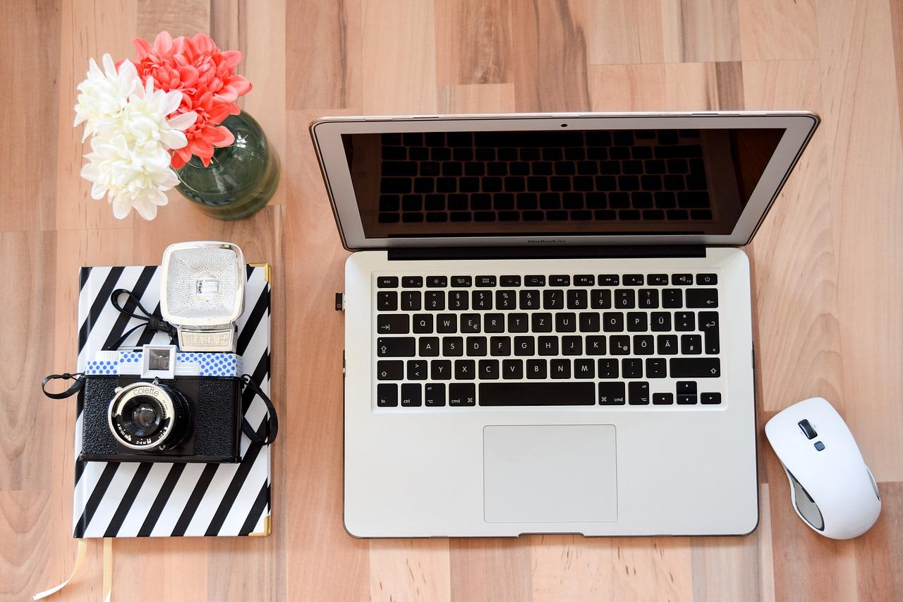 Si può lavorare con Facebook?